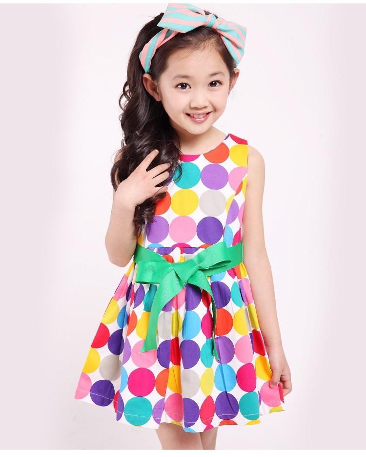 a777b1854e Rozkloszowana sukienka w kropki dziewczynki 100 - 150 MODITO