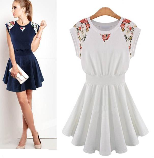 e486c8efb574 Sukienka koronka kwiaty rozkloszowana biała granatowa m l MODITO