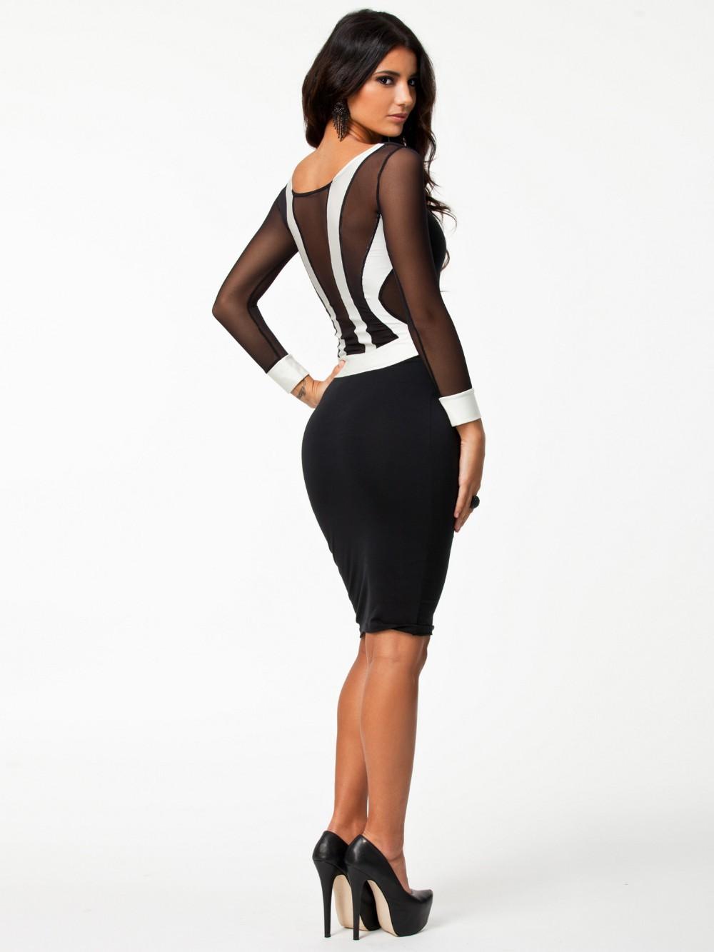 26f0018748 Sukienka czarna wyszczuplająca seksowna modna s - xxl MODITO