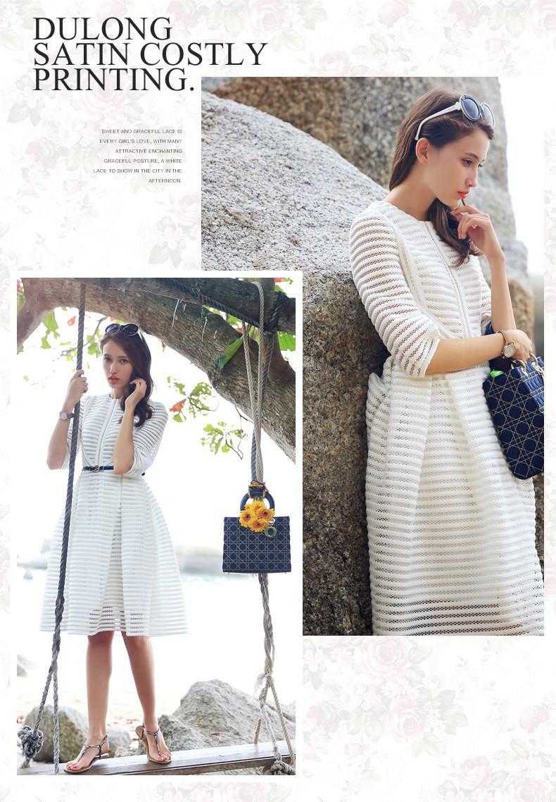 5834bb5a12 Sukienka biała elegancka kontrafałdy paski s - xxxl MODITO